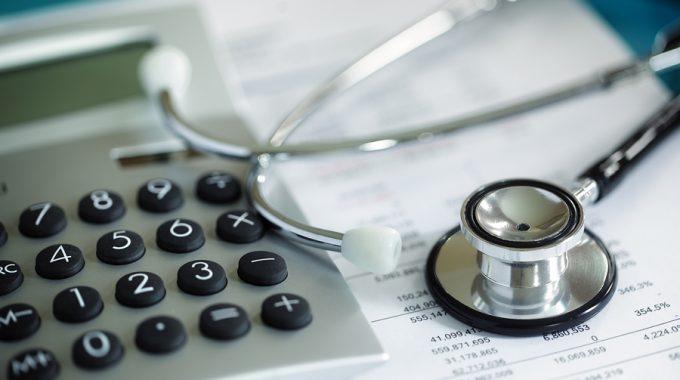 Nebenberuflich selbstständig – Das sollten Sie zur Krankenversicherung wissen